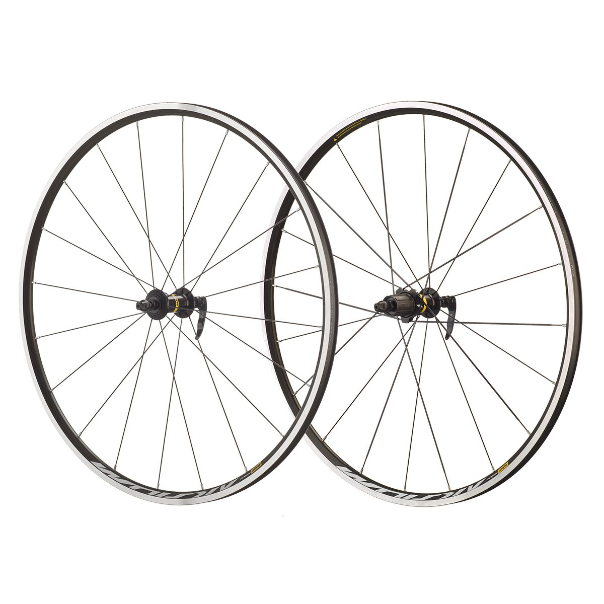 "Aksium 28""/700 C road wheels"